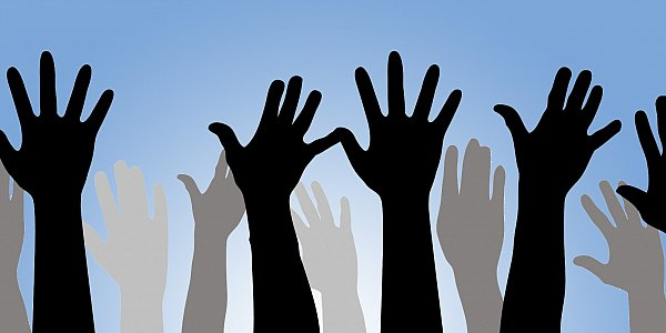 raised-hands_3.jpg